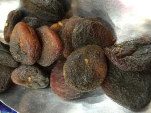 Sundried unsulphured apricots