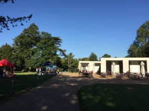 Chiswick House gardens restaurant