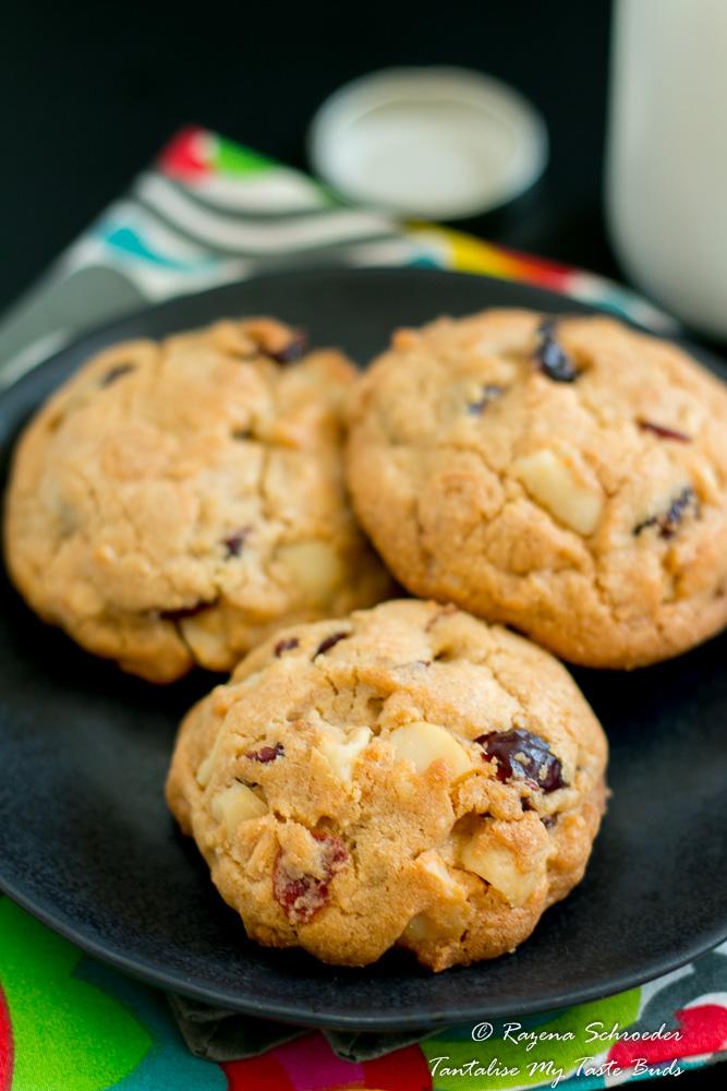 Cranberry, Macadamia and White chocolate cookies