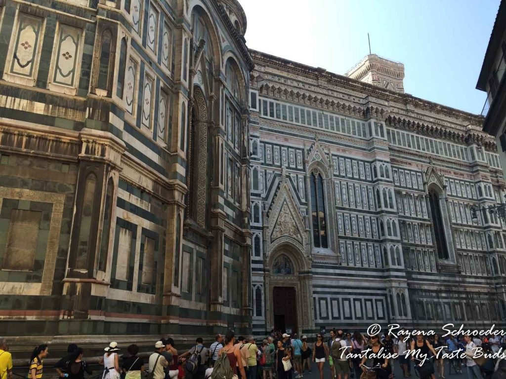 Florence Il Duomo crowds