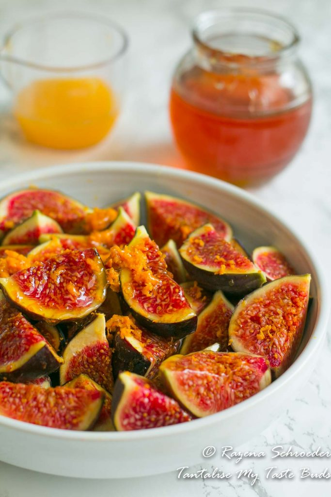 Roasted figs with honey and orange