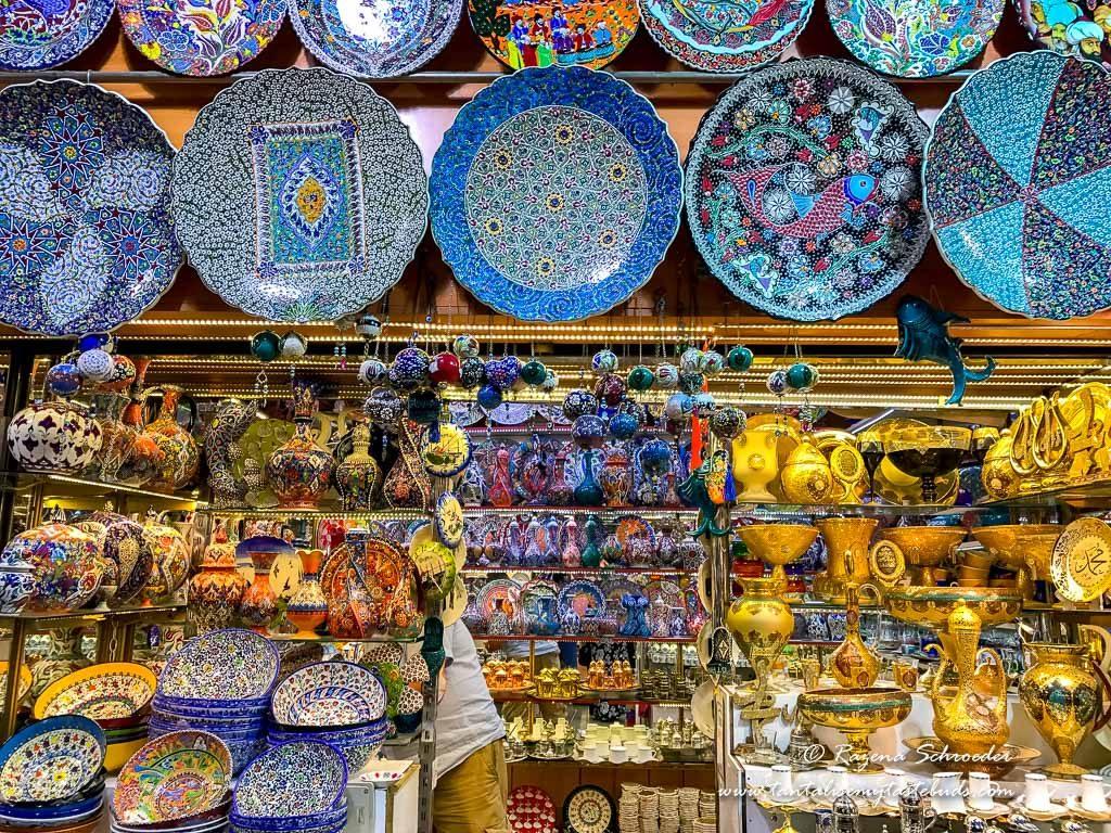 Istanbul Grand Bazaar shops