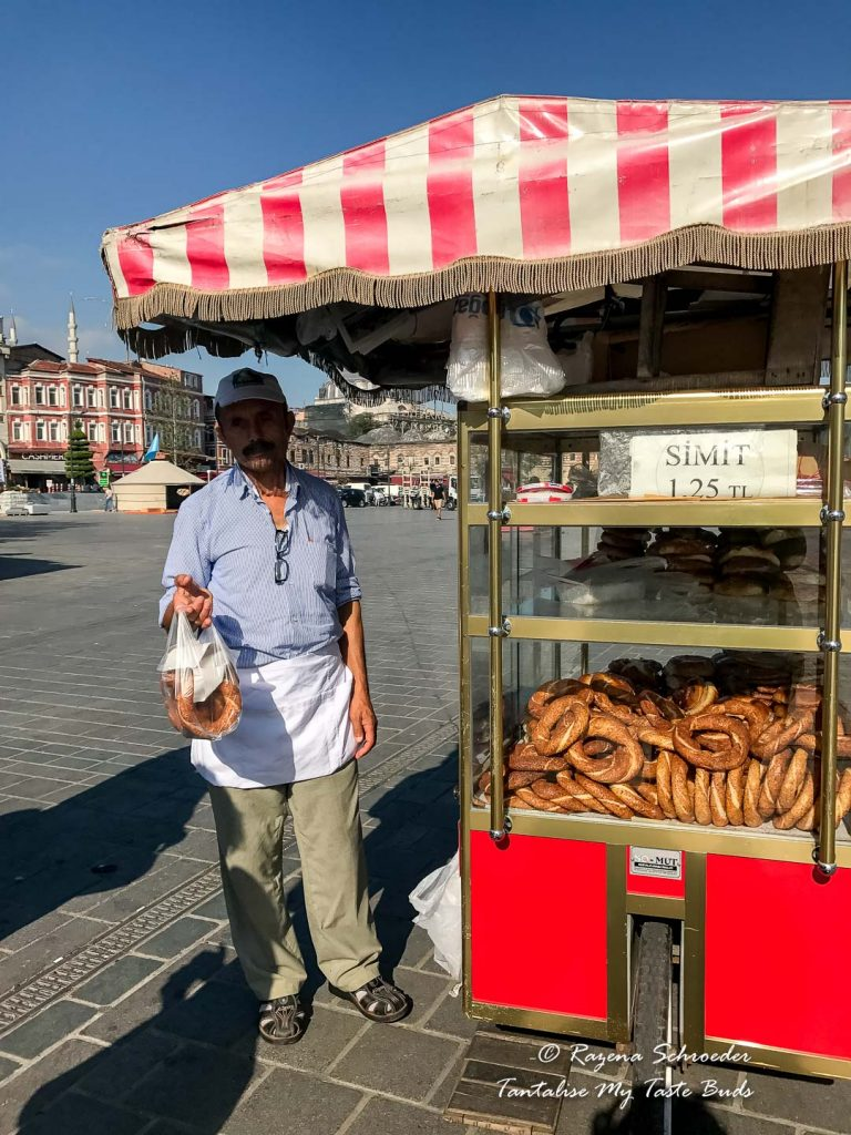Simit cart at Eminönü at the Spice Bazaar