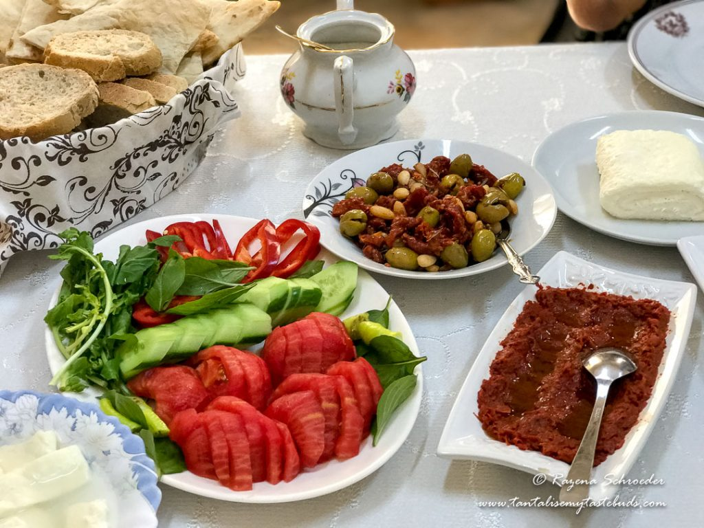 Home breakfast in Beyoglu