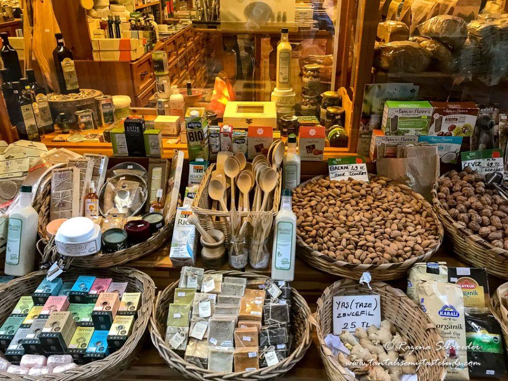 Beyoglu organic shop
