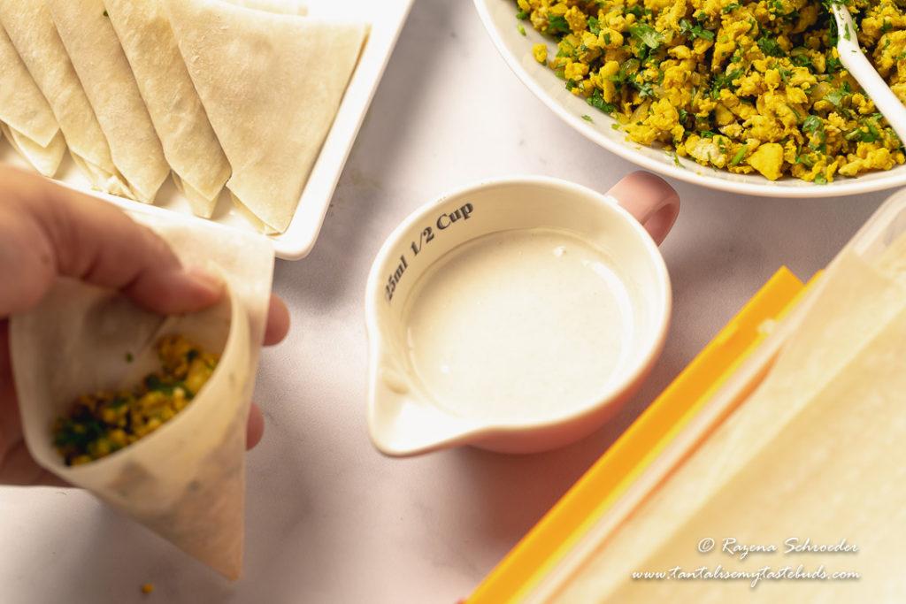 How to fold Chicken samoosas