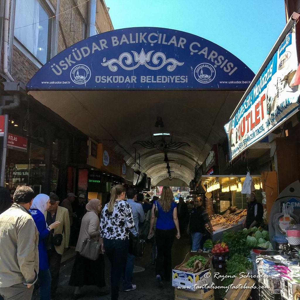 Uskudar fish market